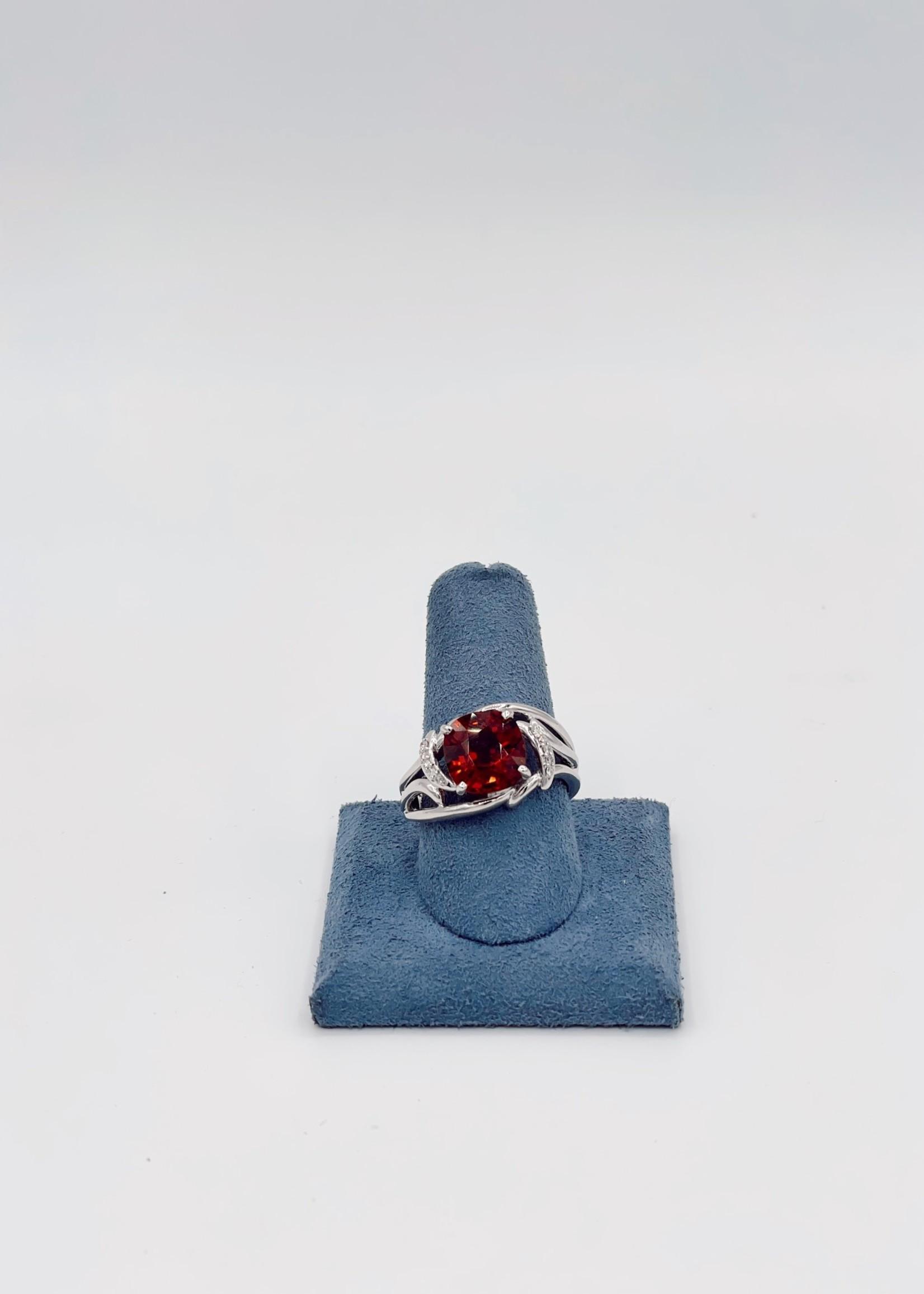 ?Fashion Ring 4.94ct Cus GA .07tdwRD DI 18k W