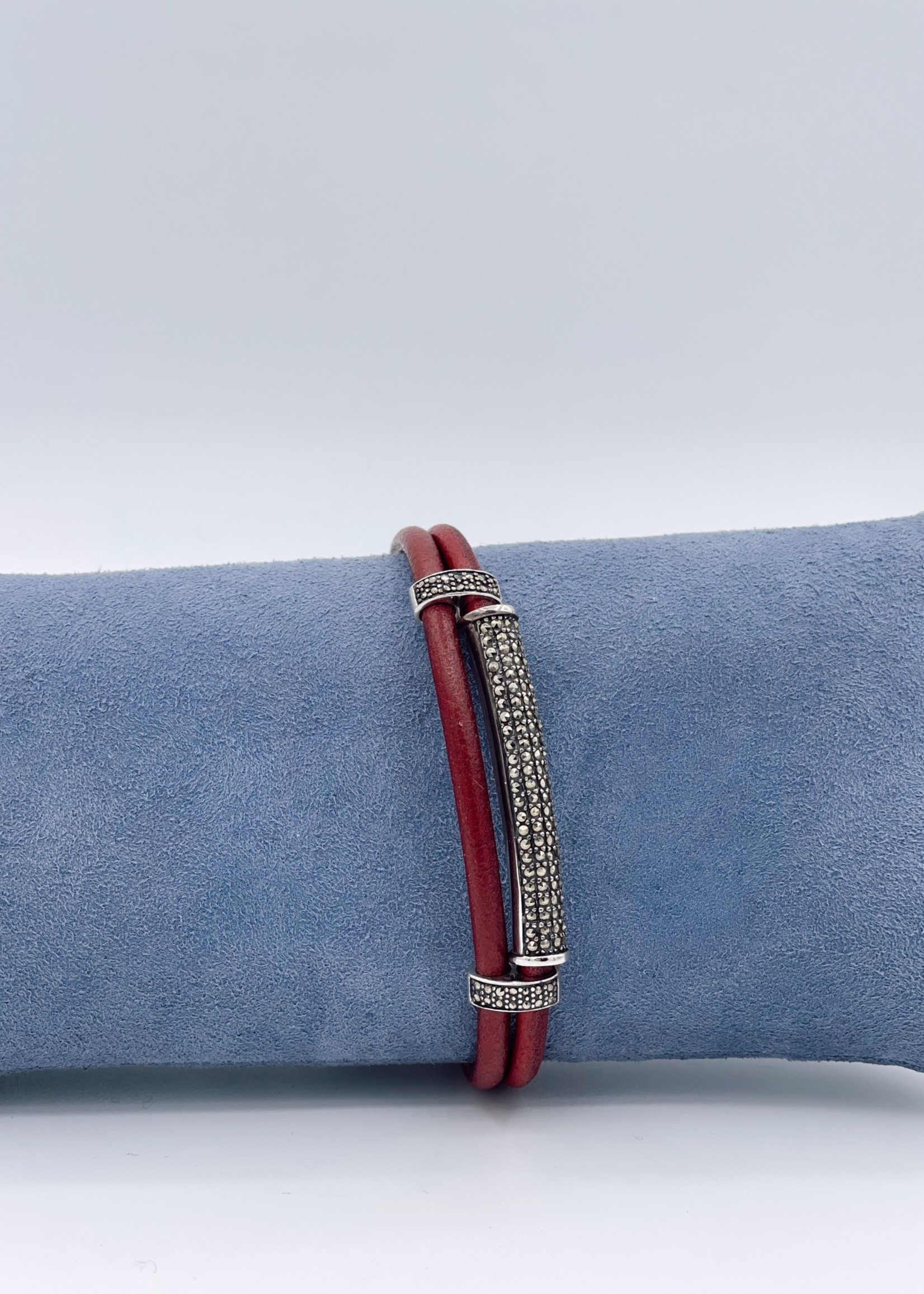 Nanis Red Leather wtih SS Cuffs