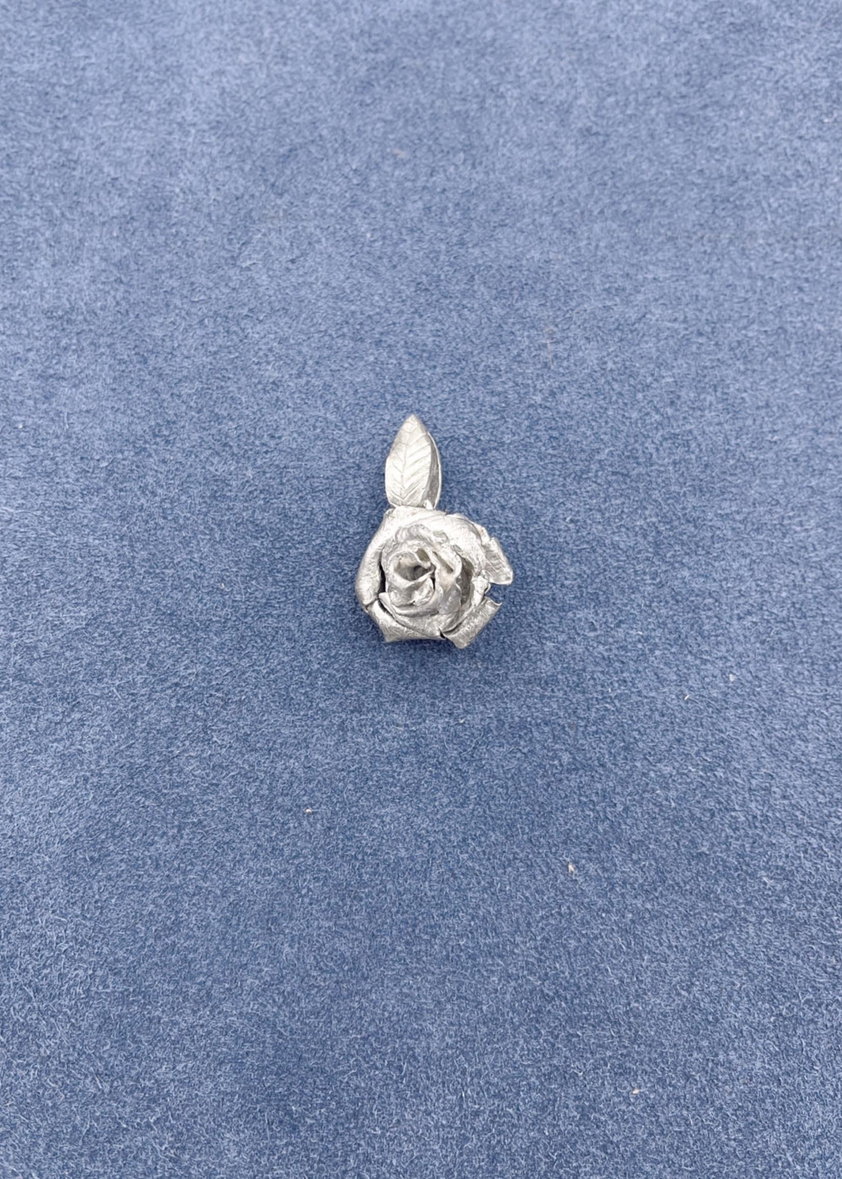 CJ Designs Rose Pendant