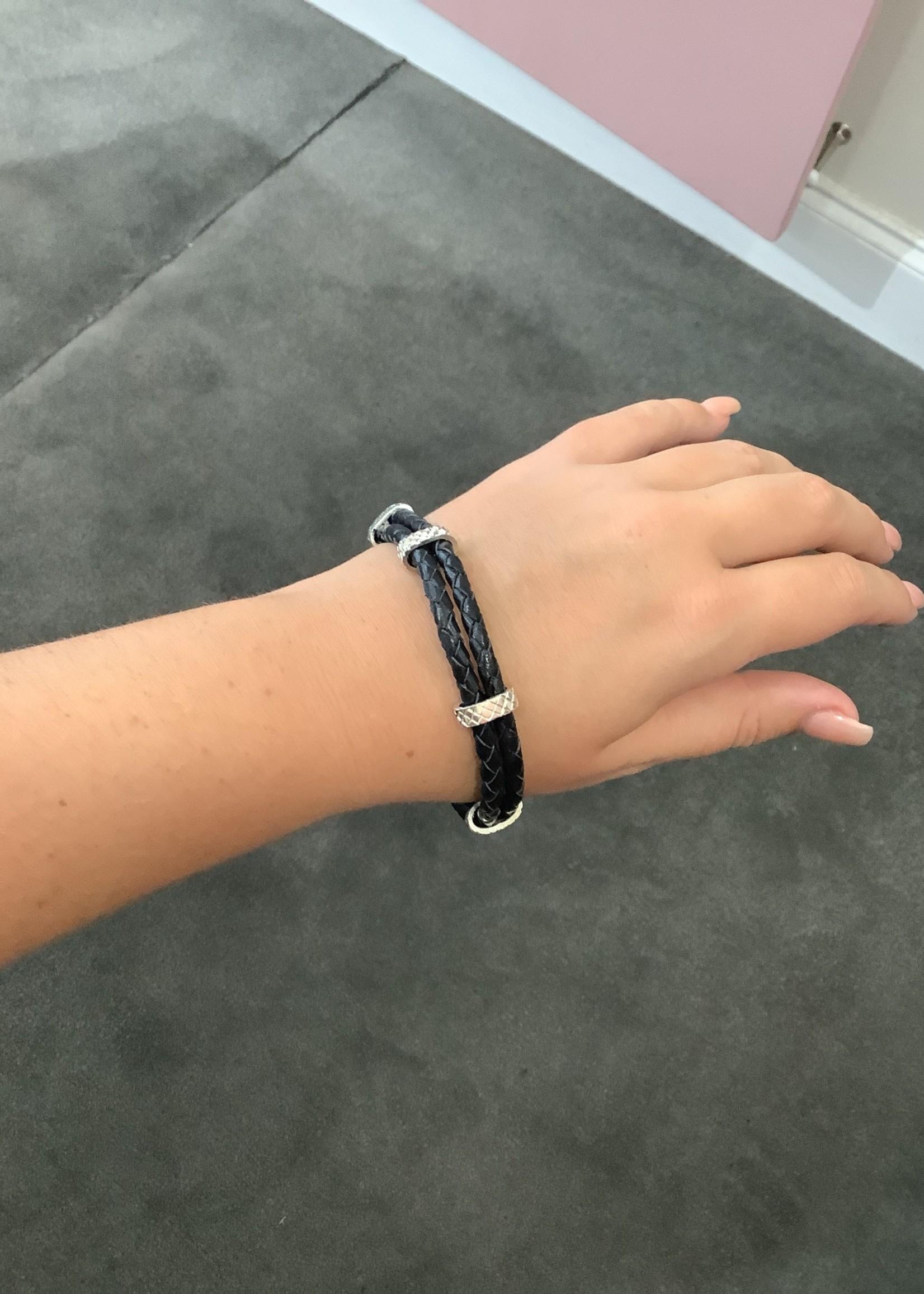 CJ Designs SS Leather Bracelet