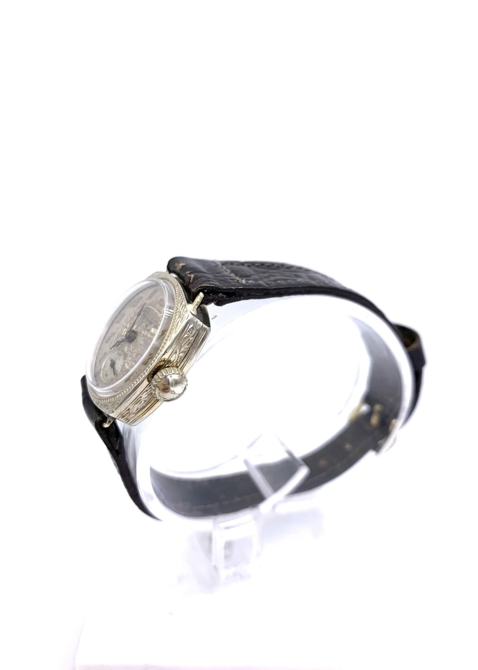 Estate Vintage Waltham Mechanical Movement Watch