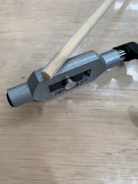 Top Hat TopHat Thread Cutting Tool