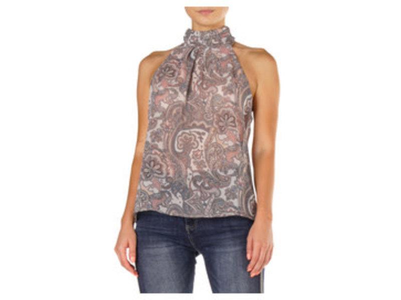 Elan Sleeveless turtle neck top