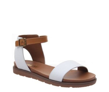 MADELINE GIRL Starling White sandal