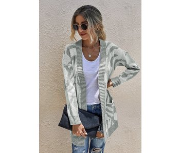 Mountain Valley Trading Grey & white print cardigan
