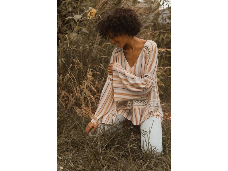 Promesa USA Multicolored striped v-neck blouse with bell sleeves