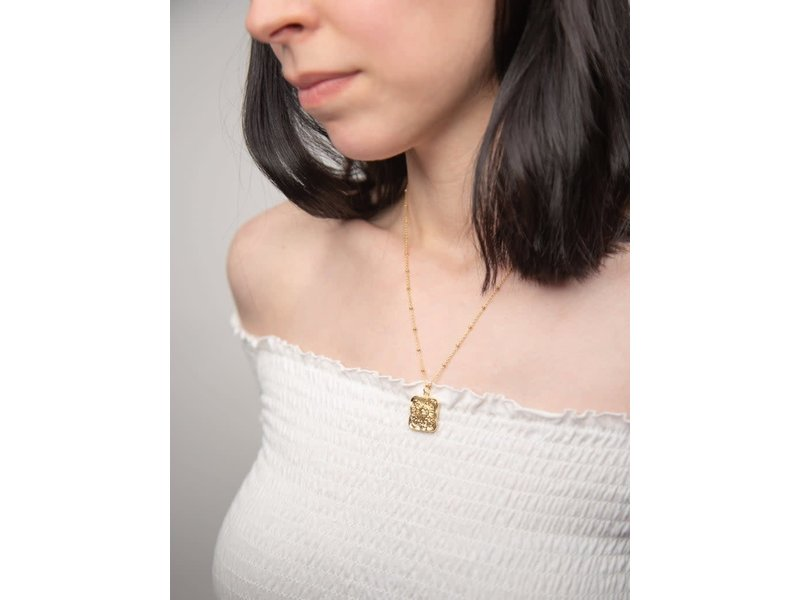Emery & Opal Square Sun Necklace with cable chain