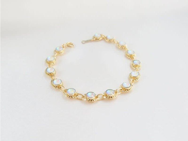 "Emery & Opal Opal Beatrice gemstone bracelet 6"" chain"