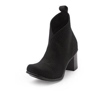Charleston Shoe Co. Telfair Boot- Black woven size 9