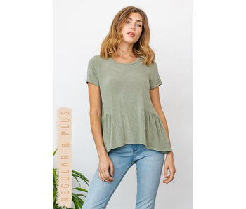 Gilli Short sleeve top with ruffle bottom