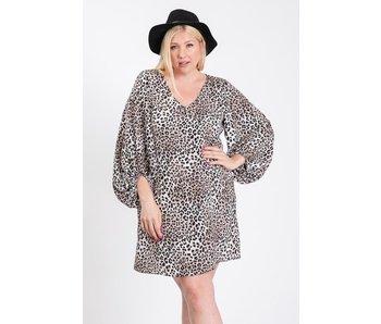 EE:Some Plus size animal print balloon sleeve dress