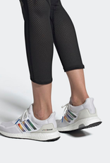 ADIDAS ULTRABOOST DNA W