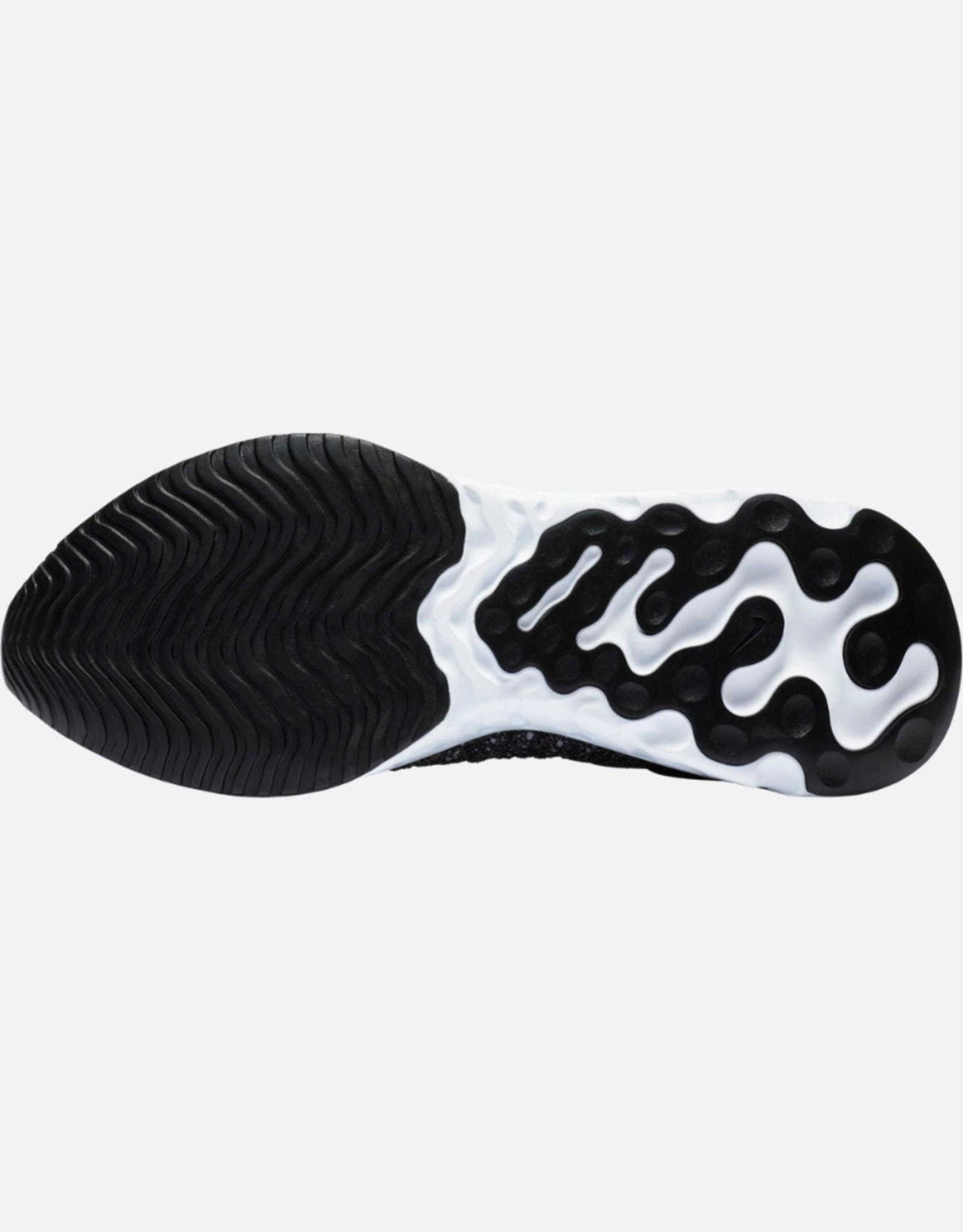 NIKE Nike React Phantom Run Flyknit 2