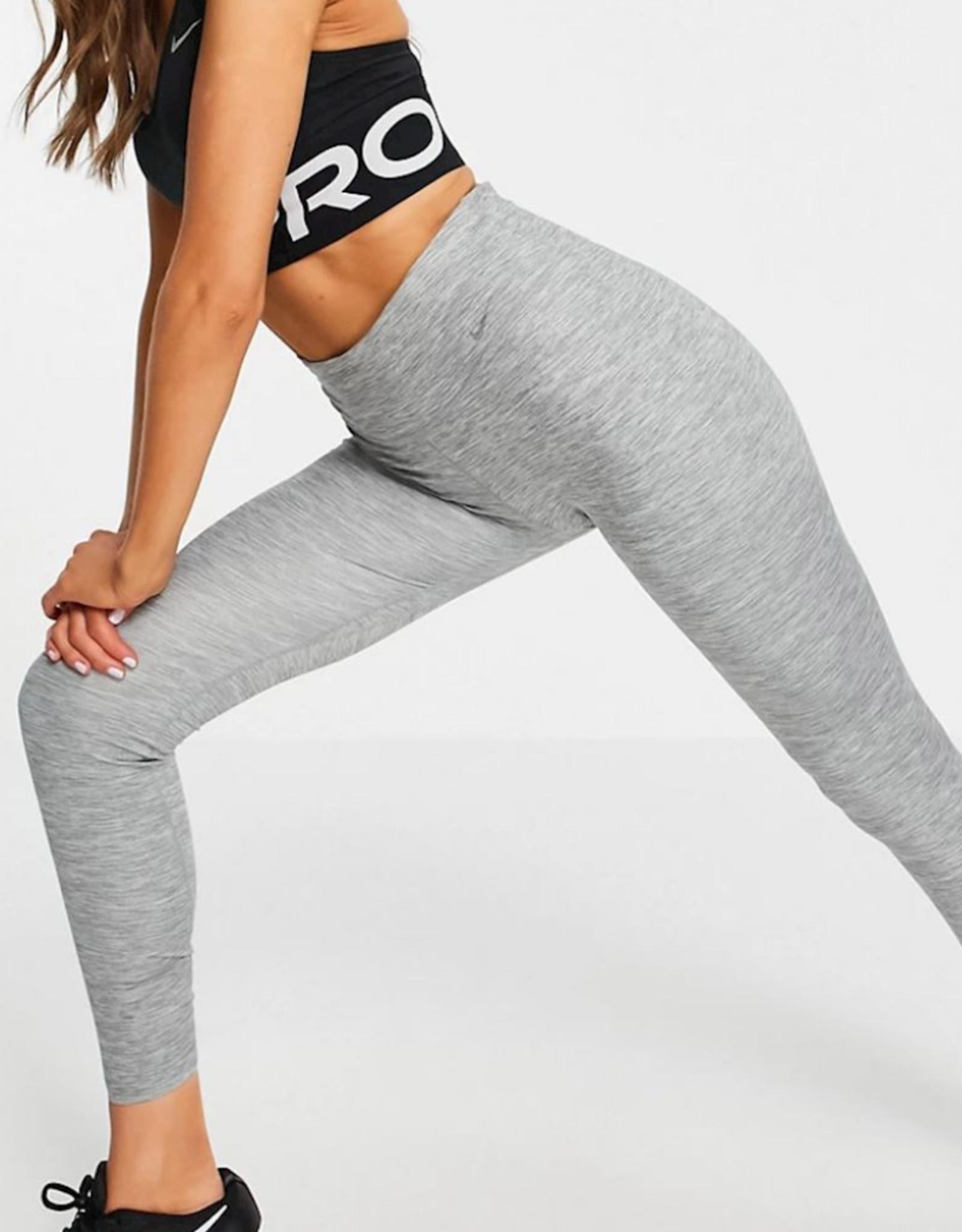 NIKE Nike One Luxe