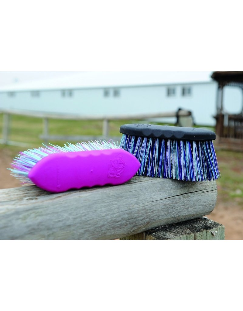 Tail Tamers Small Flick Brush