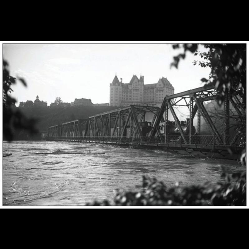 Vivid Print Low Level Bridge With Train 1915 Postcard