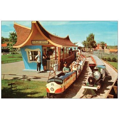 Vivid Print Valley Zoo Train Postcard