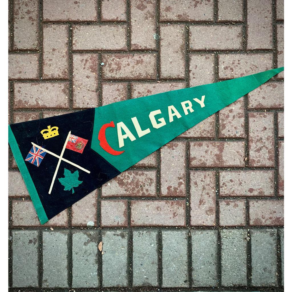 Vivid Vintage Vintage Calgary  Pennant Green