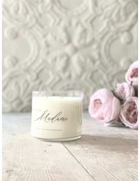 Madame - 18 oz Soy Candle