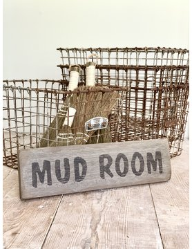 Distressed Mudroom Sign