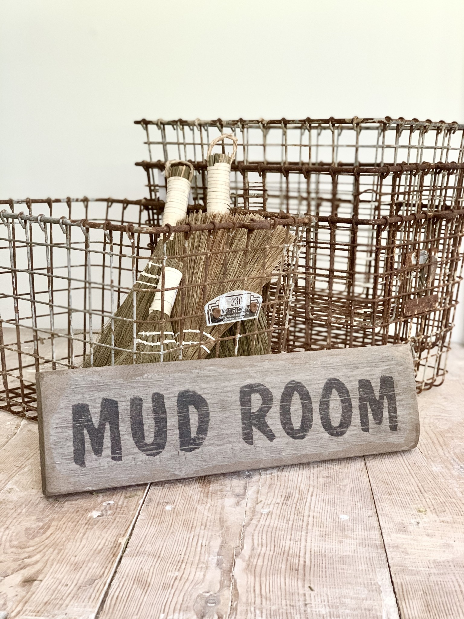 Distressed Mudroom Sign