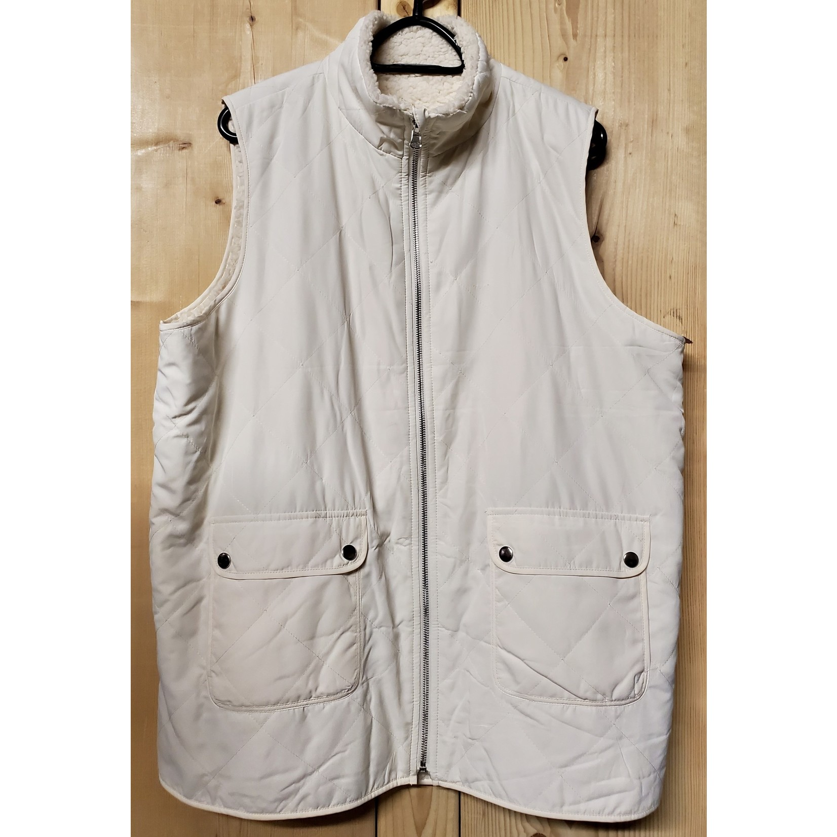 ENTRO,INC. Plus Size Cream Reversible Quilted & Shearling Lined Vest