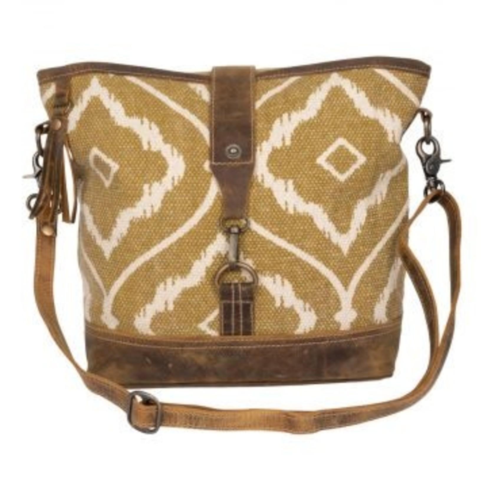 Myra Bag Bag: Brown Aesthertics Shoulder
