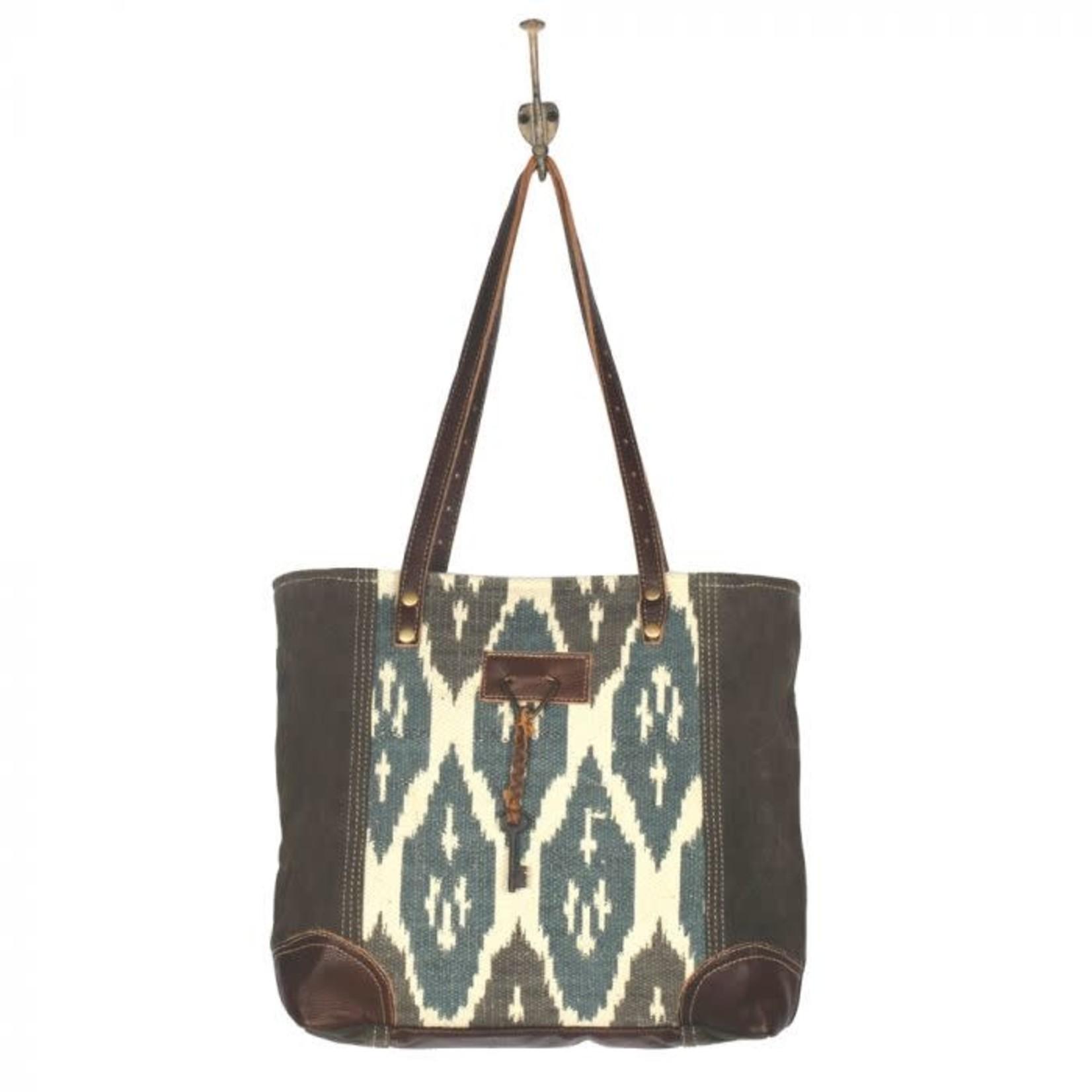 Myra Bag Bag: Knotty Affair Tote Bag