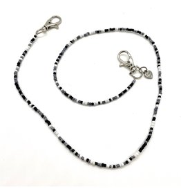Bari Lynn Bari Lynn Black/White Beaded Face Covering Necklace
