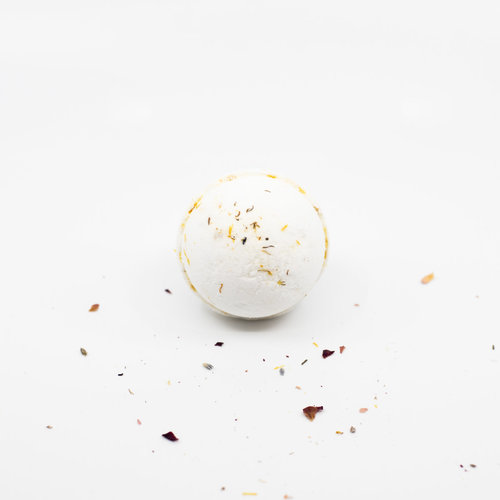 La Creme de la Creme Fizzing Bath Bomb 'La Creme Sunshine' (Ylang Ylang, Sandalwood, Patchouli, & Orange)