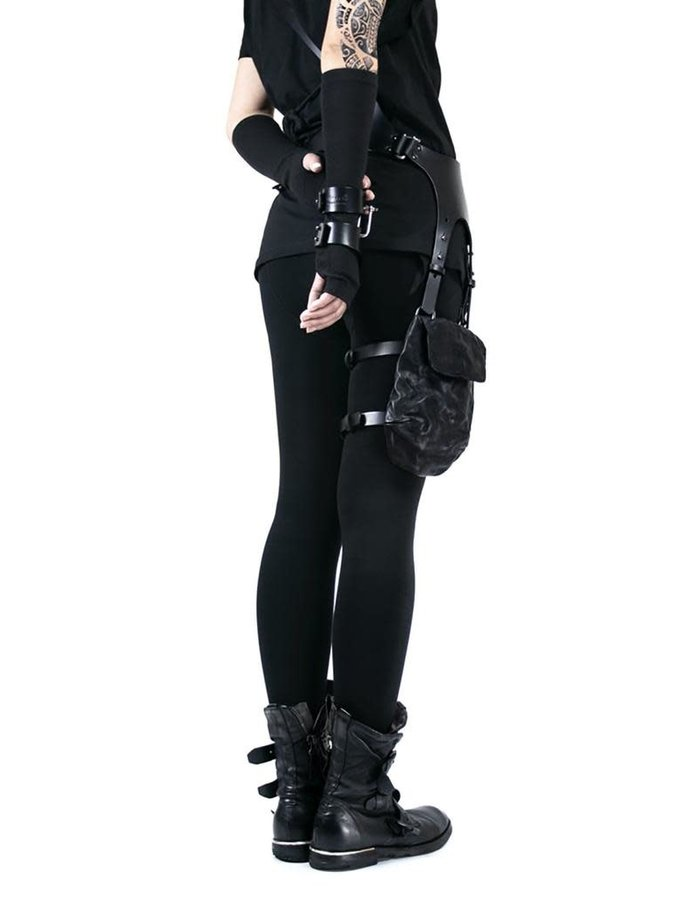 TEO + NG ROKIE LEATHER HARNESS WITH LEG POUCH