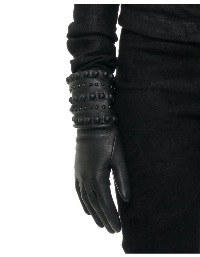 AGNELLE VIRGINIE SPIKE AND STUD GLOVE - CASHMERE LINED