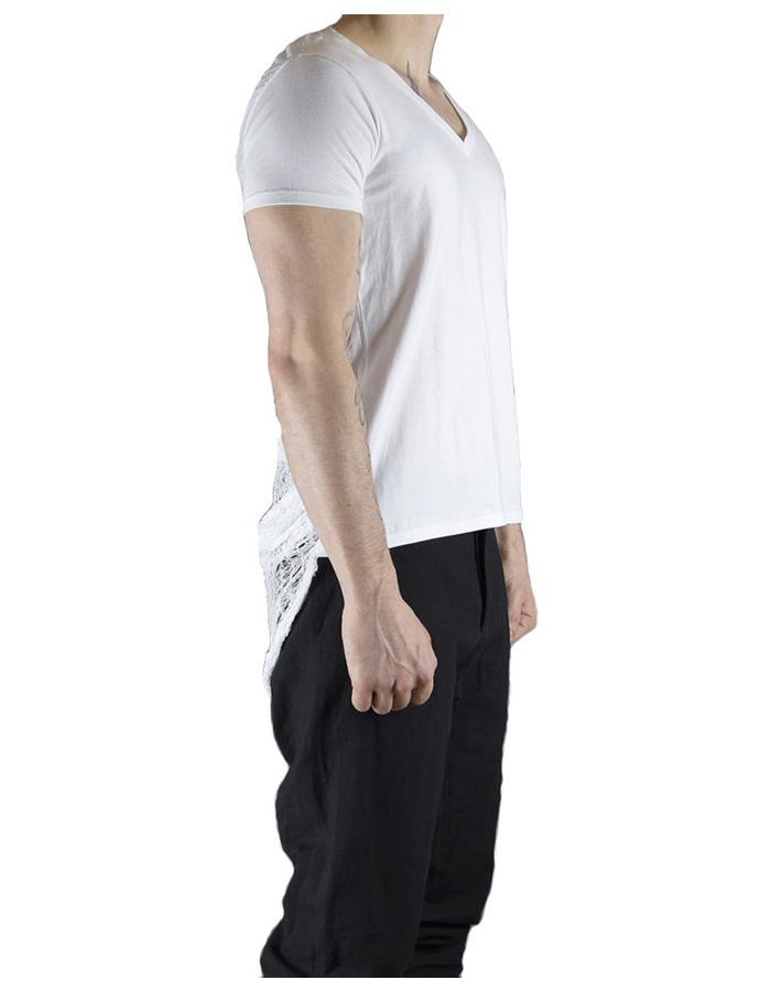 CHRIS P V NECK TEE WITH RIPPED BACK - WHITE