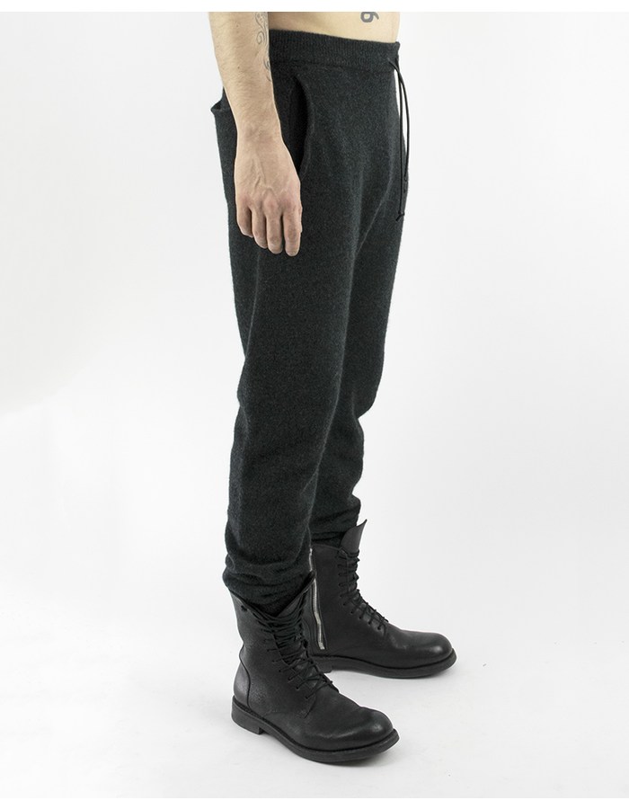 ISABEL BENENATO YAK SPORTS PANT GRAPHITE