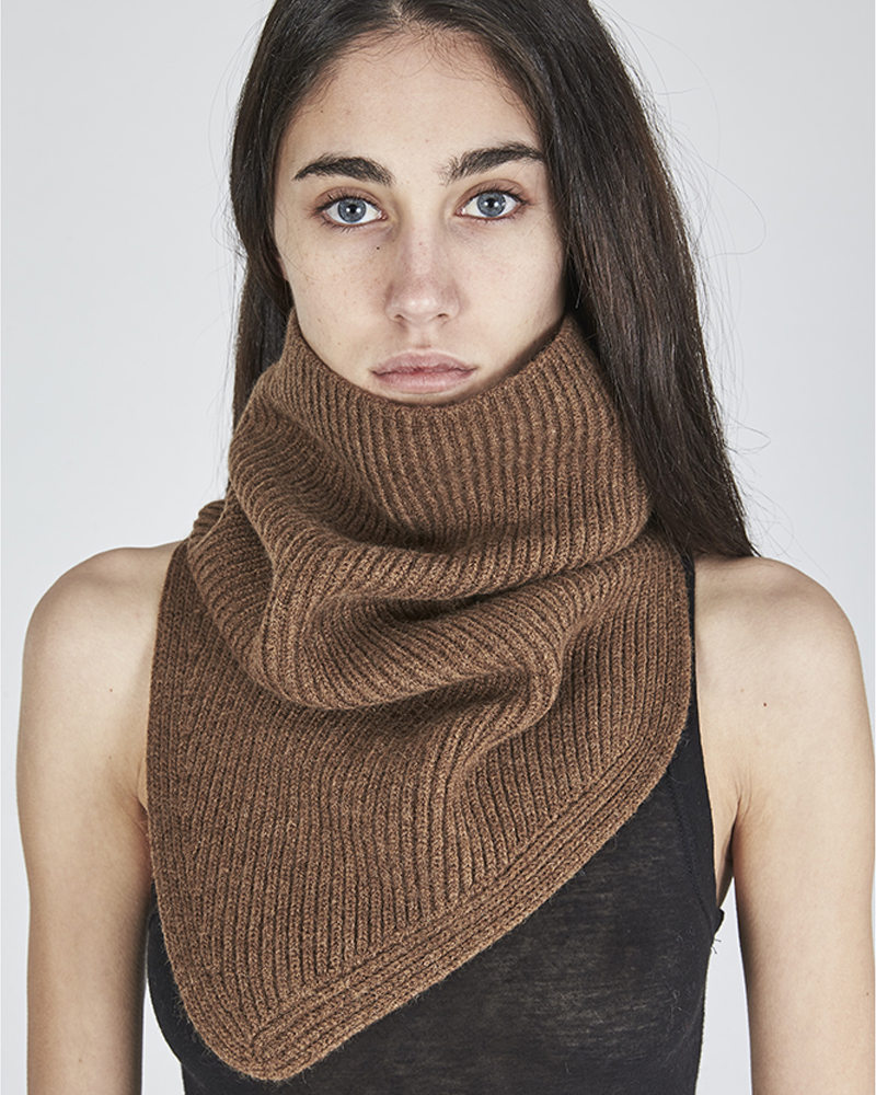 FULL CARDI RIB KNIT SNOOD CAMEL
