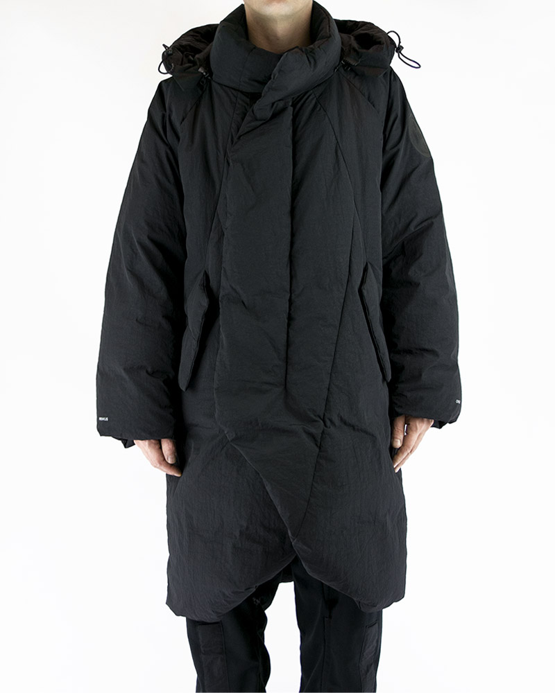 OVERSIZED QUILTED COAT WITH DETACHABLE HOOD - BLACK