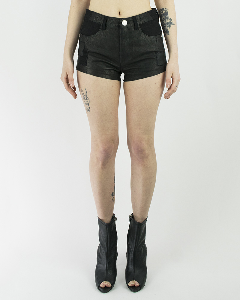 PATCHED LEATHER SHORT