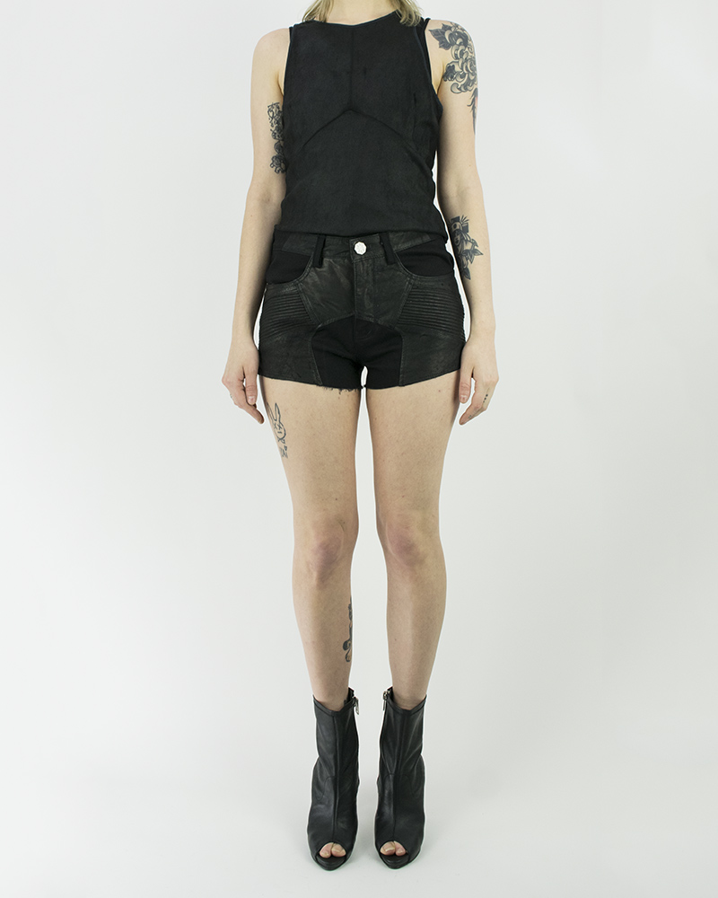 HAIRPIN LEATHER SHORT