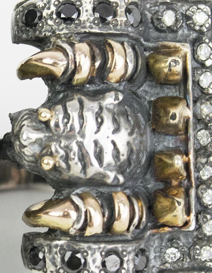KD 2024 RING JAGUAR WITH PYTHON DISPLAY BOX