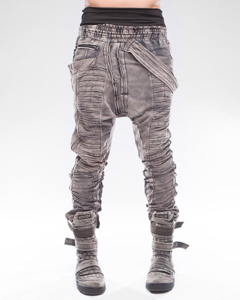 TROUSERS FIT ARRAY