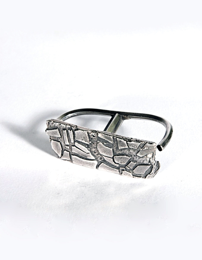 GASPARD HEX CRACKED DOUBLE RING