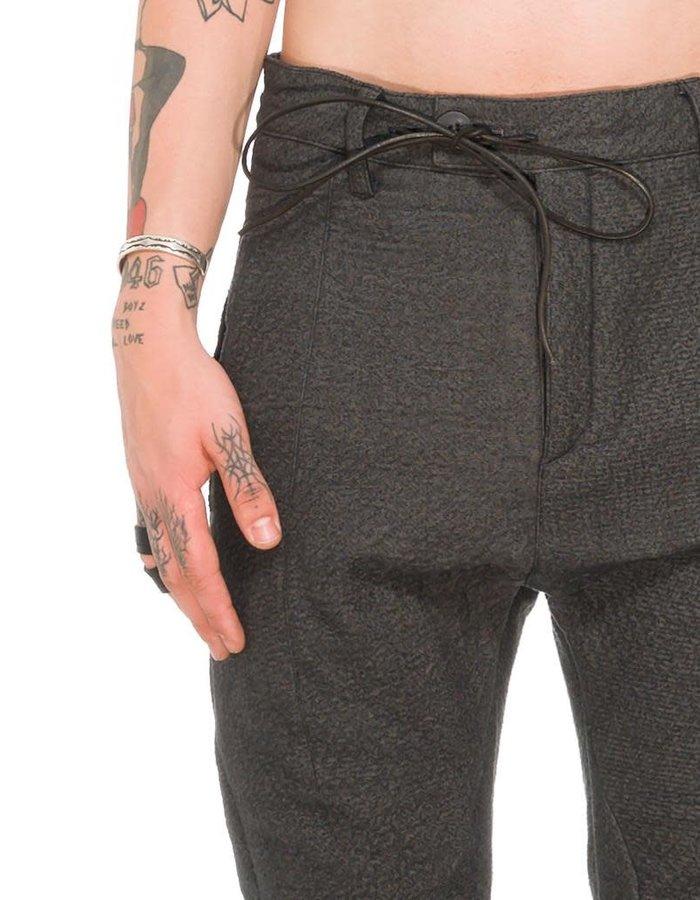 D. HYGEN NEEDLE PUNCH DROP CROTCH SLIM PANTS