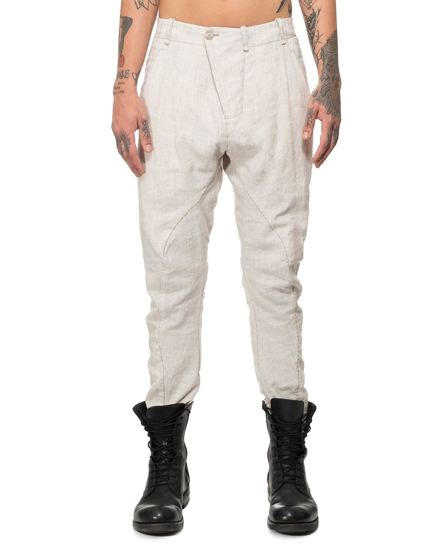 RIPPED POCKET CURVE KNEE PANT