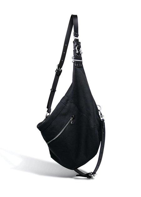 TEO + NG MITAE T CANVAS SHOULDER BAG