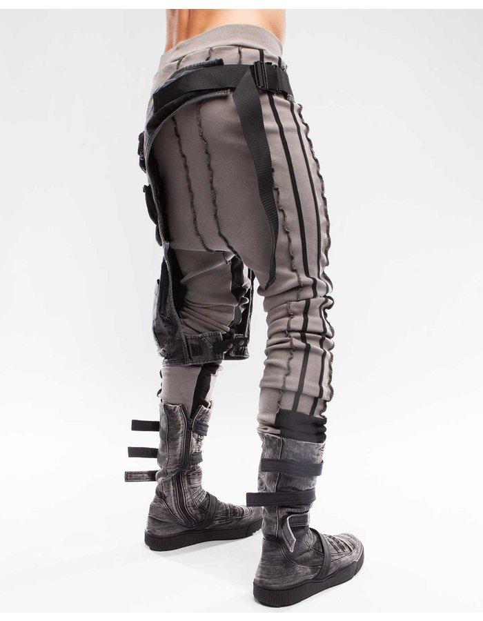 DEMOBAZA HOLSTER LEG CABIN