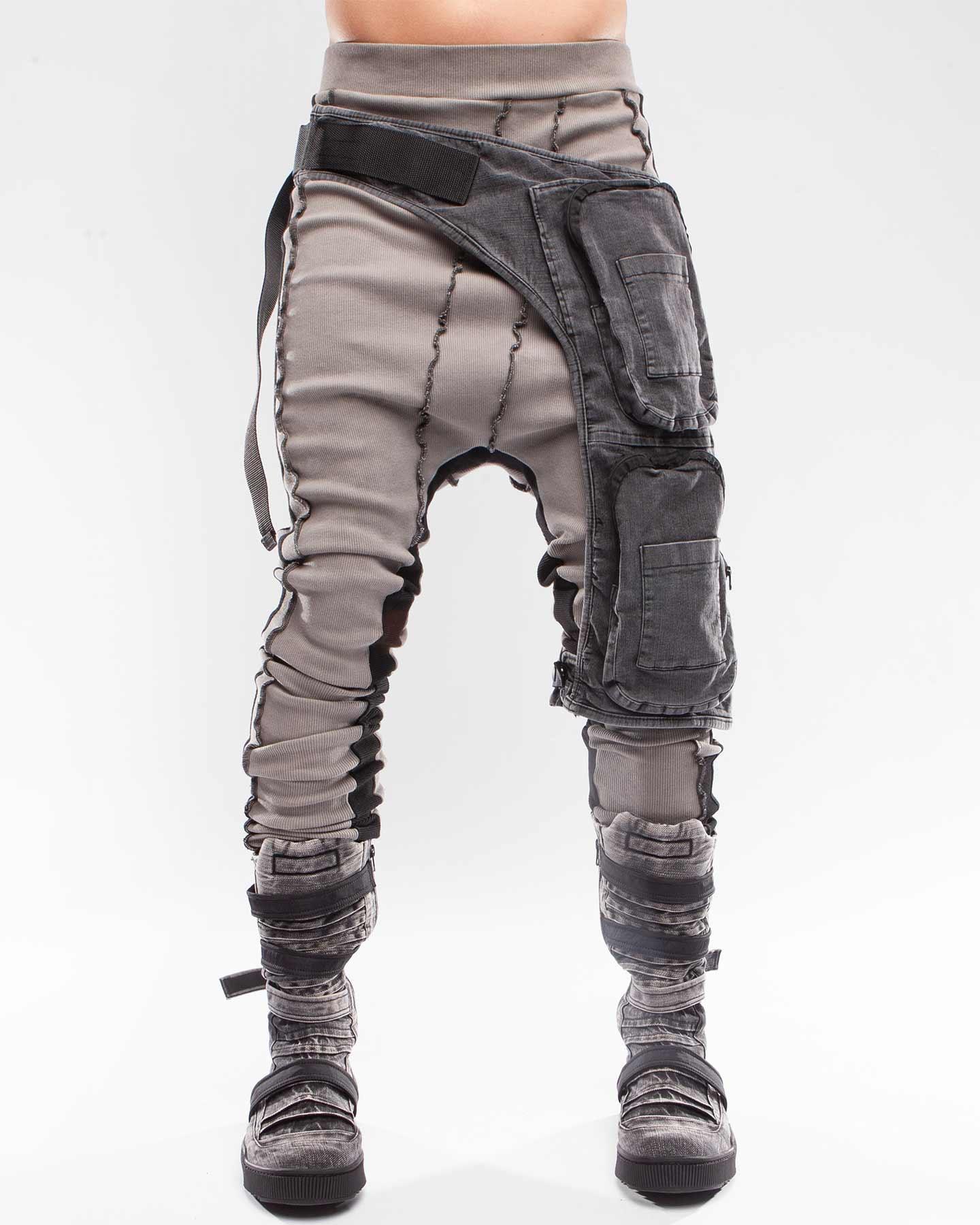 HOLSTER LEG CABIN