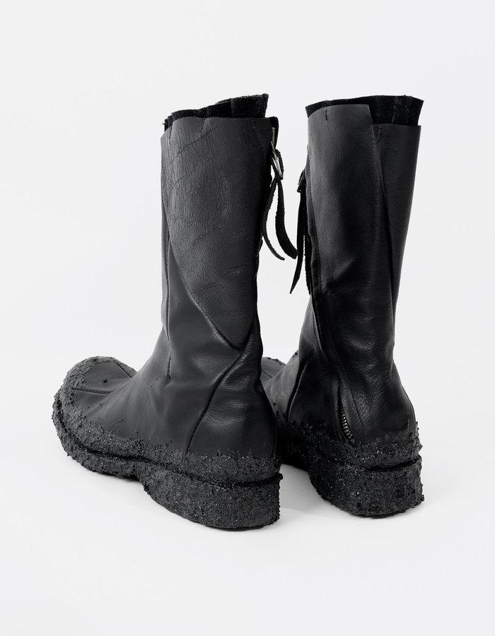"LEON EMANUEL BLANCK EXCLUSIVE: Illya Goldmann Gubin X Leon Emanuel Blanck : Distortion ""STRUKTUR"" Tall Boot"