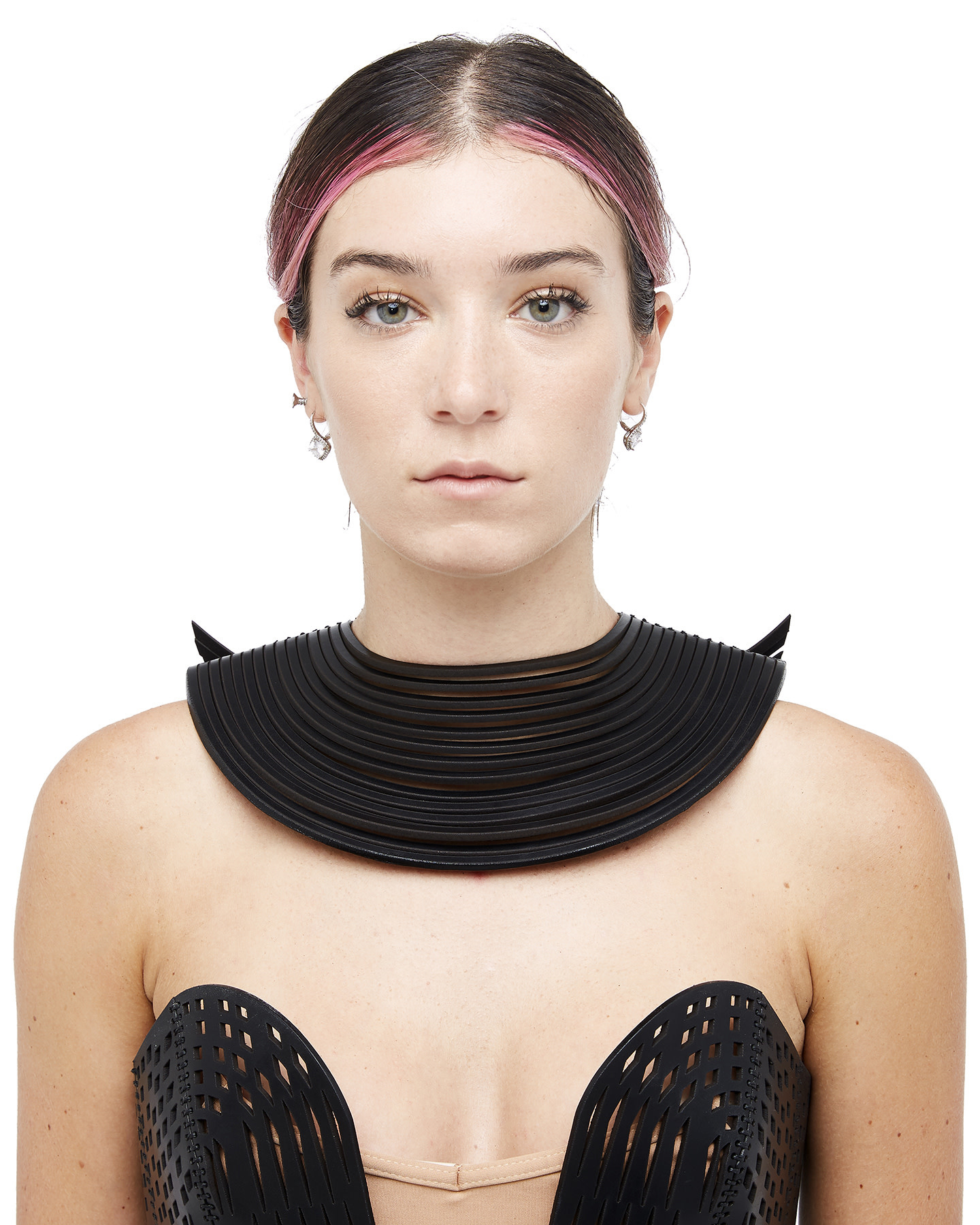 SLIT LEATHER WINGED NECKLACE