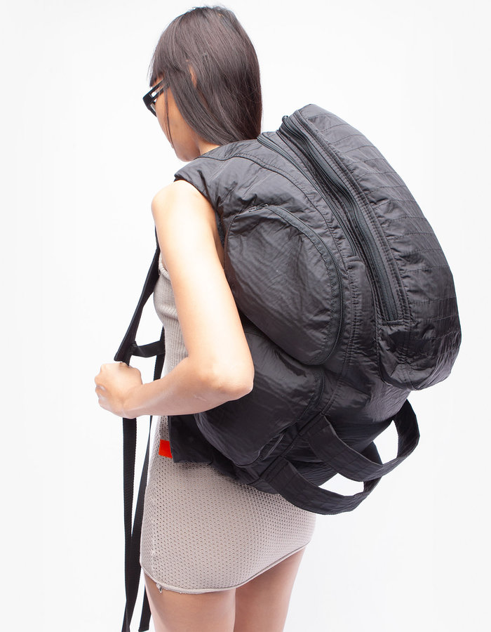 DEMOBAZA BACK PACK STAND OUT