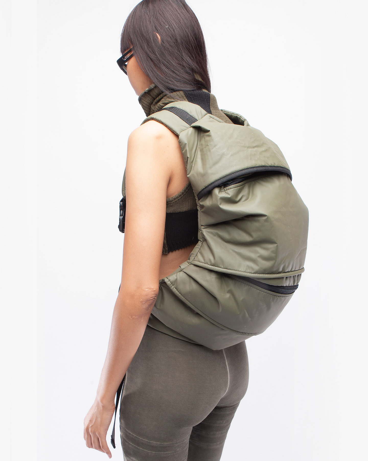 BACK PACK ONENESS